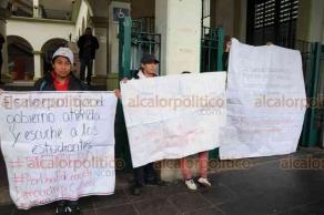 Xalapa, Ver.- 19 de Marzo de 2019.- Jóvenes de la Federación Nacional de Estudiantes Revolucionarios