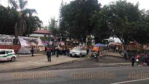 Xalapa, Ver., 19 de marzo de 2019.- Al mediodía de este martes, docentes del MMPV-CNTE mantienen bloqueada la vialidad en la avenida Lázaro Cárdenas. Ambos sentidos se encuentran cerrados.