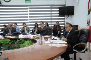 Xalapa, Ver., 20 de marzo de 2019.- El consejero presidente del OPLE, Alejandro Bonilla, presidió la sesión para discutir el criterio general de interpretación, relativo a las organizaciones ciudadanas que pretendan obtener su registro como Partido Político Local.