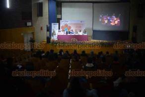 Xalapa, Ver., 21 de marzo de 2019.- Segundo día de actividades del Festival Internacional de Literatura en Lenguas Originarias México 2019, el cual tiene como sede el Auditorio Jesús Morales de la Ex Unidad de Humanidades de la Universidad Veracruzana.