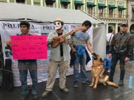 Xalapa, Ver., 22 de marzo de 2019.- En Plaza Lerdo se efectuó el segundo carnaval por el agua con diversas actividades organizadas por integrantes de las comunidades de las cuencas de La Antigua y Actopan.