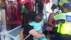 Boca del Río, Ver. 20 de abril de 2019.- A la altura del fraccionamiento Costa Verde, en esta ciudad hubo un percance fuerte al colisionar una camioneta y un carro compacto color rojo, dejando lesionados; cuerpos de emergencia acudieron al lugar.