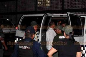 Veracruz, Ver., 21 de mayo de 2019.- A fin de evitar el hacinamiento en El Penalito, SSP trasladó 26 reos a otros centros penitenciarios. En un fuerte operativo encabezado por personal de la DGPRS, acompañado de elementos de la Policía Estatal y de la Fuerza Civil.