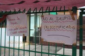Xalapa, Ver., 24 de mayo de 2019.- Continúa la toma de instalaciones y paro de labores por parte de trabajadores de CONAFE. Los afectados dijeron que a principios de mes fueron notificados que serían despedidos; piden detener la medida.