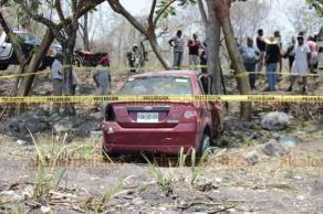 Puente Nacional, Ver., 25 de mayo de 2019.- En la carretera estatal Rinconada-Naranjos-Ídolos, hubo un fuerte accidente donde perdió la vida una persona, tras volcar su auto, donde viajaba con su menor hija de 15 años de edad.
