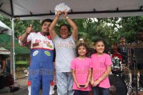 Xalapa, Ver., 16 de junio de 2019.- Premiación de los carrazos más veloces, en el que el equipo Racing Team se llevó el primer lugar, seguido por Moyanitos y tercer lugar, Martínez Potros.