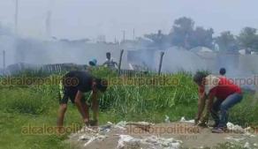 Veracruz, Ver., 17 de junio de 2019.- La tarde de este lunes se incendiaron pastizales en la escuela