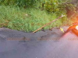 Huatusco, Ver., 17 de junio de 2019.- La torrencial lluvia que cayó la tarde de este lunes, inundó las avenidas 7, 5 y 6, convirtiéndolas en arroyos de respuesta rápida.