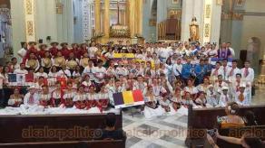 Córdoba, Ver., 22 de julio de 2019.- Con una misa en la Catedral, delegaciones de Nicaragua, Perú, Rumania y Ecuador dieron inicio a las actividades del Festival Internacional del Folklore.