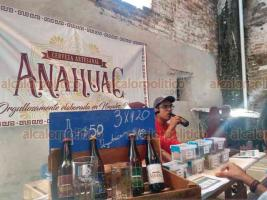 Coatepec, Ver., 18 de agosto de 2019- En el Primer Festival de la Cerveza Artesanal de este municipio hay variedad de sabores como cerveza de frutos rojos y otros más tradicionales como la tipo Golden y Pale Ale, entre otras.