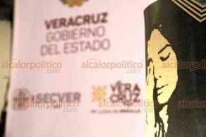 Ciudad de México, 21 de agosto de 2019.- En el Museo de Arte Popular, el Gobierno de Veracruz, las Secretarías de Cultura Estatal y Federal invitaron a la 9 Bienal de Cerámica Utilitaria Contemporánea. Las funcionarias Andrea Cabello, Silvia Alejandra Prado y Gloria Carrasco destacan el evento por ser una gran oportunidad para nuevos talentos.