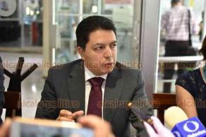 Xalapa, Ver., 22 de agosto de 209.- Arturo Nicolás Baltazar, abogado litigante externó que la candidata a magistrada Rosa Hilda Rojas Pérez cuenta con el apoyo del Colegio de Abogados de la República Mexicana.