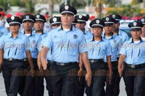 Boca del Río, Ver., 16 de septiembre de 2019.- Sobre el bulevar Manuel Ávila Camacho se desarrolló el desfile cívico-militar por el 209 aniversario de la Independencia de México.