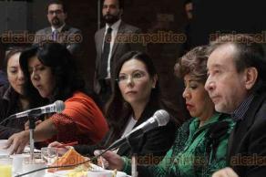 """Ciudad de México, 17 de septiembre de 2019.- """"Vivimos en una democracia, debemos convivir y construir por el país"""", dijo la presidenta de la Cámara de Diputados, Laura Rojas, durante reunión con periodistas. Afirmó que está en contra de la criminalización de la mujer por abortar."""