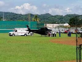 """Córdoba, Ver., 17 de septiembre de 2019.- Cuatro personas heridas por la volcadura de un autobús en la autopista La Tinaja-Cosoleacaque, que permanecían en el hospital """"Covadonga"""", fueron trasladadas a Puebla, de donde son originarias."""