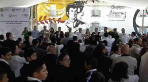 Villa Aldama, Ver., 20 de septiembre de 2019.- Junto a distintas autoridades, el gobernador Cuitláhuac García encabezó el 131 aniversario de la creación de la Editora de Gobierno.
