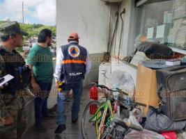 Xalapa, Ver., 14 de octubre de 2019.- Un conato de incendio se suscitó en el edificio de la Fiscalía General del Estado, que fue atendido por personal de Protección Civil Municipal. Al parecer, el incidente se debió al sobrecalentamiento de uno de los climas.