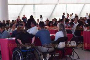 Xalapa, Ver., 22 de octubre.- Cerca de 100 procuradores de los DIF municipales participaron en un taller de capacitación en el auditorio del DIF Estatal.