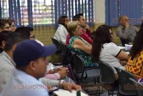 Xalapa, Ver., 23 de octubre de 2019.- Continúan los cursos de la Escuela Complutense Latinoamericana en la Facultad de Biología de la UV. Asisten 315 alumnos de 12 nacionalidades distintas en los 10 cursos que se ofrecen.