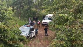Martínez de la Torre, Ver., 15 de noviembre de 2019.- Autoridades sospechan que el cuerpo hallado sobre la carretera de El Diamante a Balsas de Agua, se trata de una mujer, quien fue reportada como desaparecida.