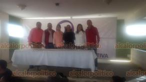 Tempoal, Ver., 16 de noviembre de 2019.- La organización política Podemos celebró su asamblea del Distrito 01 de Pánuco. Con la coordinación de Lisandra González, destacó el apoyo de los jóvenes Jorge Zamora, Aritza Orta, Karla Garrido y Alejandro Ahumada, entre otros. Asistieron 900 simpatizantes.