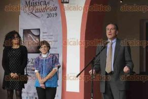 Xalapa, Ver., 18 de noviembre de 2019.- En el Centro Recreativo, se inauguró el primer Festival de Música y Laudería Xalapa 2019. Hay expo-venta de instrumentos, talleres y conferencias magistrales.