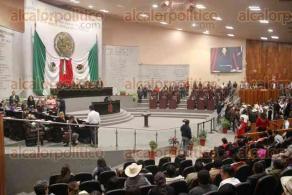 Xalapa,Ver., 20 de noviembre de 2019.- Antonio García Reyes rindió protesta como diputado suplente en lugar de Juan Carlos Molina, asesinado hace unos días.