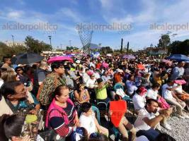 Orizaba, Ver., 22 de noviembre de 2019.- Pobladores de la zona de Orizaba, entre ellos niños de diferentes escuelas, se dieron cita en el nuevo Jardín Botanico