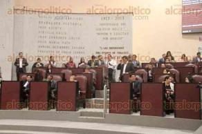 Xalapa, Ver., 5 de diciembre de 2019.- Sesión ordinaria en el Congreso del Estado, en donde acudieron personas con discapacidad visual y auditiva que demandan que se reglamente en el tema.