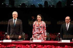 Xalapa, Ver., 7 de diciembre de 2019.- El alcalde de Xalapa, Hipólito Rodríguez Herrero, rindió su Segundo Informe de Gobierno, en el Teatro del Estado.