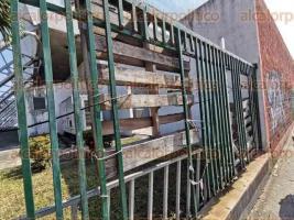 """Veracruz, Ver., 8 de diciembre de 2019.- La infraestructura del Auditorio """"Bénito Juárez"""", recinto a cargo del Gobierno del Estado, se encuentra en pésimas condiciones. En el lugar se desarrollan conciertos y luchas de la AAA, entre otros eventos."""