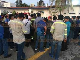 Veracruz, Ver., 12 de diciembre de 2019.- La tarde de este jueves quedó en libertad Cándido Canseco Castro, líder disidente del sindicato de Tenaris-Tamsa que permanecía internado en el Penalito de Playa Linda, en el puerto de Veracruz, desde hace 6 días.