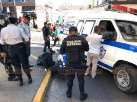 Xalapa, Ver-. 14 de diciembre de 2019.- Un hombre mayor fue atropellado por el autobús número 297 de la línea Banderilla, en el cruce de las calles Rafael Lucio y Juárez, del centro de la ciudad. El lesionado fue atendido por paramédicos del Grupo APRIAC pero no requirió hospitalización.