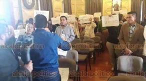 """Orizaba, Ver., 17 de enero de 2020.- Para """"defender a la familia"""", personas que rechazan los matrimonios gay impidieron que iniciara el encuentro"""