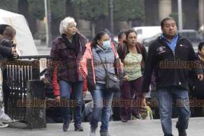 Ciudad de México, 21 de enero de 2020.- La capital del país registra bajas temperaturas por frente frío. Capitalinos salen abrigados para realizar sus labores cotidianas.