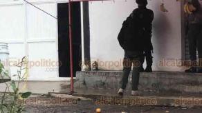 Xalapa, Ver., 21 de enero de 2020.- Este martes, se reportó una persona lesionada por arma de fuego presuntamente en un asalto a una carnicería, en la colonia UNE PRI. Al sitio se movilizaron elementos de Seguridad Pública y de la Fuerza Civil.