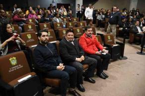 Xalapa, Ver., 21 de enero de 2020.- La presidenta de la Comisión Estatal de Derechos Humanos, Namiko Matzumoto Benítez, acudió ante el Congreso del Estado para comparecer.