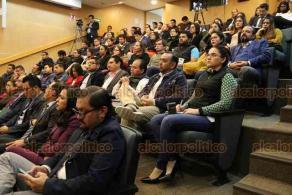 """Xalapa, Ver., 24 de enero de 2020.- El magistrado Felipe de la Mata Piña impartió la conferencia magistral """"Justicia Intercultural"""", en el Salón de Plenos de la Sala Regional Xalapa."""