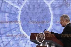 """Ciudad de México, 27 de enero de 2020.- El presidente Andrés Manuel López Obrador cuestionó a los conservadores corruptos por ser los responsables de la crisis en México; """"algunos callaron como momias, ahora gritan como pregoneros"""", en referencia a la caminata por la paz."""