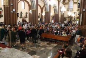 """Xalapa, Ver., 16 de febrero de 2020.- """"Para llegar a los asesinatos, muchas veces se empieza por el enojo, el insulto, el desprecio"""", señaló este domingo el arzobispo de Xalapa, Hipólito Reyes, a los fieles en la Catedral Metropolitana."""