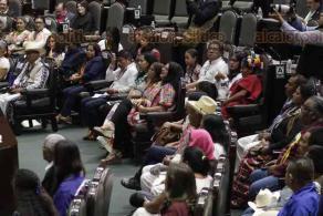 Ciudad de México, 20 de febrero de 2020.- En la Cámara de Diputados, celebraron el Día Internacional de la Lengua Materna o Indígena. Asistió la secretaria de Cultura, Alejandra Frausto y decenas de hablantes de lenguas indígenas.