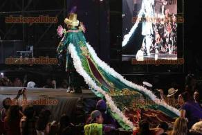 Veracruz, Ver., 20 de febrero de 2020.- Fue coronada la Corte Real del carnaval Veracruz 2020 conformada por Keren I y Gustavo Monteclaro, alias