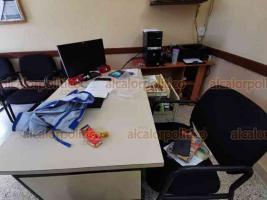 Veracruz, Ver., 21 de febrero de 2020.- Ladrones se llevaron 14 mil pesos en efectivo que estaban en la Dirección del Jardín de Niños