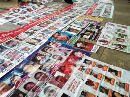 """Poza Rica, Ver, 21 de febrero de 2020.- En la plaza cívica """"18 de Marzo"""", ante personal de la ONU, 64 colectivos de la V Brigada Nacional de Búsqueda de Personas Desaparecidas finalizaron labores en esta zona. Demandaron a las autoridades continuar los trabajos."""