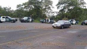 Huatusco, Ver., 22 de febrero de 2020.- Luego del ataque a la base de la Fuerza Civil en esta localidad, se mantiene un operativo por parte de diversas corporaciones de seguridad para dar con los responsables, sobre la carretera Huatusco-Xalapa.
