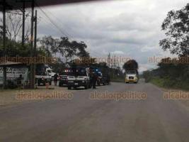 Tezonapa, Ver., 22 de febrero de 2020.- Se reportó enfrentamiento entre fuerzas estatales y federales con presuntos delincuentes, por lo que se mantiene un operativo en la región con el apoyo de un helicóptero que sobrevuela la sierra.