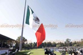Ciudad de México, 24 de febrero de 2020.- En el Campo Marte, el presidente Andrés Manuel López Obrador presidió el Día de la Bandera. Estuvo acompañado de integrantes de su gabinete y de representantes de los Poderes.