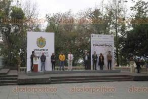 Xalapa, Ver., 28 de febrero de 2020.- Sin que provocara mucho interés en la población, en el parque Juárez se conmemoró el 495 Aniversario del Sacrificio del Último Emperador Azteca, Cuauhtémoc.