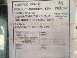 """Veracruz, Ver., 27de marzo de 2020.- Sanitizan autobuses de la línea """"Norte-Sur"""" para garantizar la seguridad de los usuarios y operadores. A todas las unidades les fue aplicada una aspersión que elimina virus. Protección dura aproximadamente 20 días."""