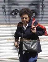 Ciudad de México, 31 de marzo de 2020.- La jefa de Gobierno de la CDMX, Claudia Sheinbaum, exhortó a la población a quedarse en casa y ordenó el cierre de centros y plazas comerciales que no vendan alimentos o medicamentos.